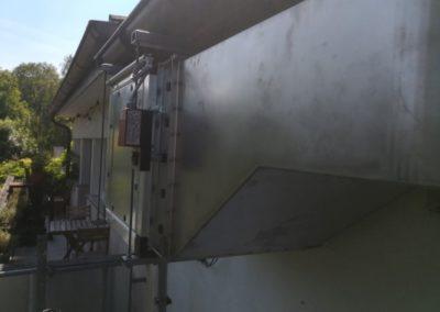 Neuer Abluftkanal an der Fassade